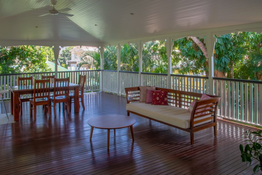 Chelmer Home Build Undercover Outdoor Dining and Daybed