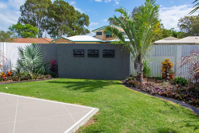 Bribie Island fence built by Turul Building Service Brisbane
