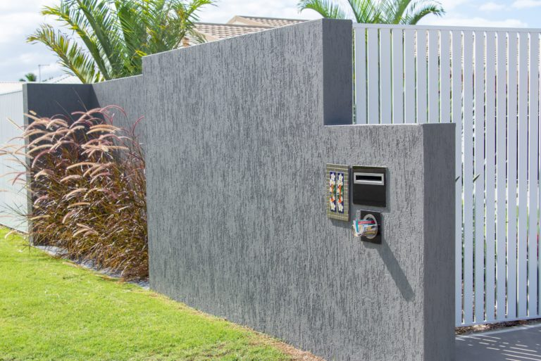 Bribie Island home renovation by Turul - view of mailbox in a wall